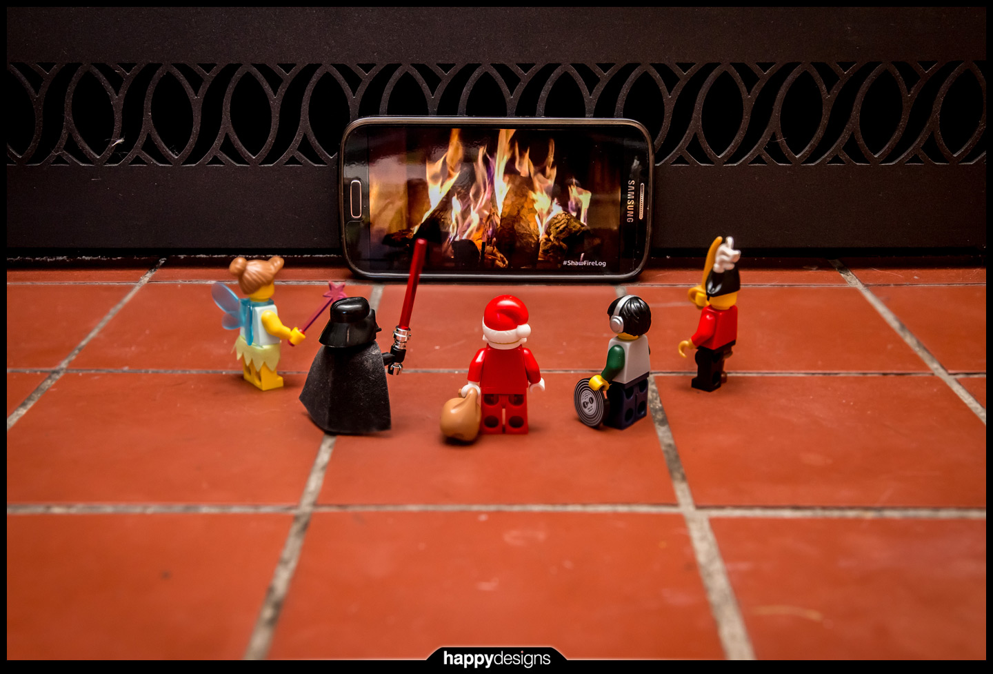 20131224 - It's a Minifig Fire Log Christmas