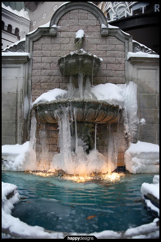 20081230 - winter - frozen fountain