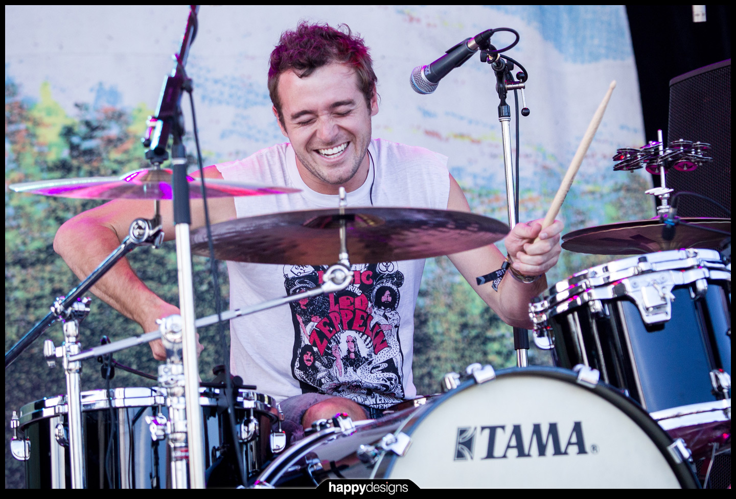 20120925 - the drummers of R5-0002